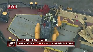 Helicopter goes down in Hudson River
