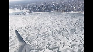Plane Passenger's Video Shows Chicago is a City of Ice