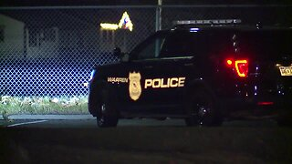 Police investigating fatal shooting at apartment complex in Warren