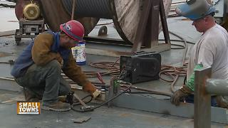 Small Towns: Sturgeon Bay Ship Building - Video