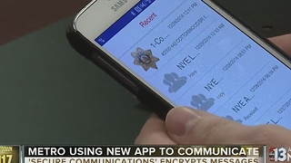 Las Vegas police using new smarphone app to communicate throughout New Year's Eve - Video