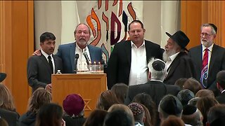Funeral-goers sing 'God Bless America' at funeral for woman killed in Poway synagogue attack