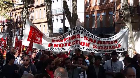 Hundreds march against Macron's labour reform in Toulouse