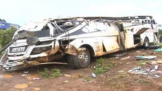 At Least 22 People Dead, 14 Injured After 3-Vehicle Crash In Uganda - Video