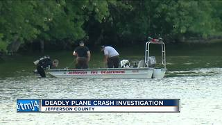 2 dead after plane crashes into Rock River in Jefferson County - Video