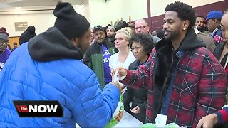 All-star turkey giveaway helps metro Detroit families in need this holiday season