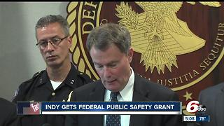 Indy mayor, chief roll out crimefighting partnership - Video