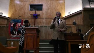 Candlelight service held honoring Martin Luther King Jr. inside West Palm Beach church