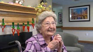 Milwaukee woman celebrates 100th birthday - Video