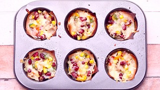 She put wonton wrappers in a muffin tin and made a fresh take on Mexican food - Video