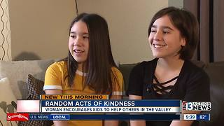 Las Vegas family is on a mission to spread love through Random Acts of Kindness - Video