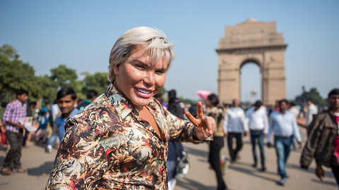 Human Ken Doll Rodrigo Alves Explores Delhi | HOOKED ON THE LOOK