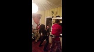 Family goes twerking mad during hilarious Christmas dancing challenge