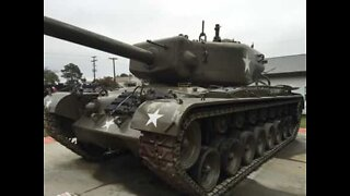 Battle tank causes road accident in Russia