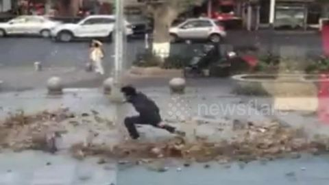 Man uses wind to pretend he has supernatural martial arts powers