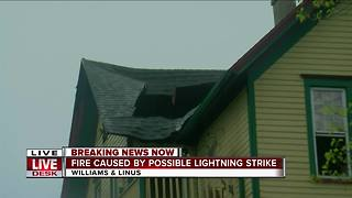 Possible lightning strike blamed for house fire in Milwaukee's Bay View neighborhood - Video