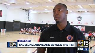 Kids learning basketball, life skills with Steven Hunter! - Video