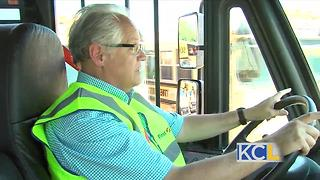 What it's like to drive a school bus - Video