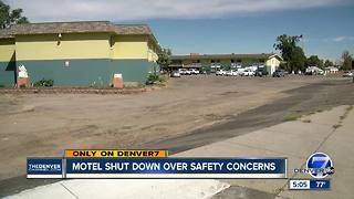 City shuts down Denver hotel after finding numerous health, safety and fire violations - Video