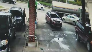 Social video of carjacking - Video