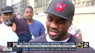 Man free after 13 years in prison for a murder he didn't commit - Video