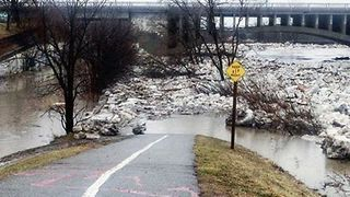 Residents Evacuated in Brantford After Ice Jams Release River Downstream - Video