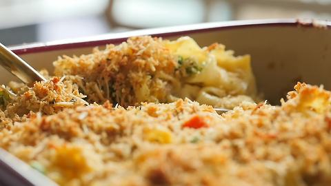 Classic chicken noodle casserole recipe