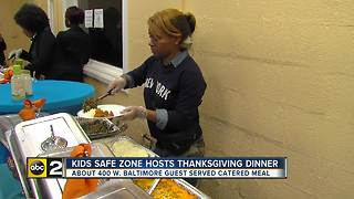Kids Safe Zone hosts restaurant catered Thanksgiving dinner for 400 kids - Video