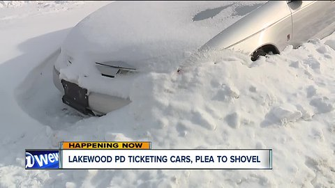Lakewood issuing warnings, then tickets to owners of snow-covered cars on city streets