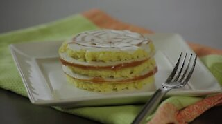 Vanilla cake with wafers