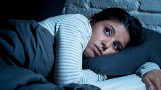 Do you have a hard time getting a good night's sleep? According to scientists, it's all in your genes. - Video