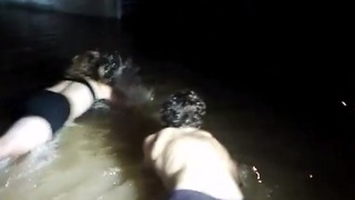 Tourists Stage Swimming Race in Hue's Flooded Streets - Video