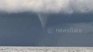 Funnel cloud spotted off the coast of Thailand - Video