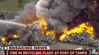 Fire in Recycling Plant at Port of Tampa - Video