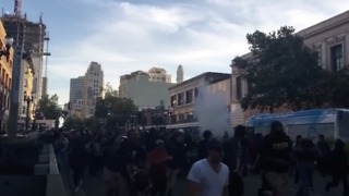 Locals Report Police Use 'Smoke Bomb' to Disperse Oakland Protesters - Video