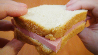 Cool Life Hack You Should Know To Eat Sandwich - Video