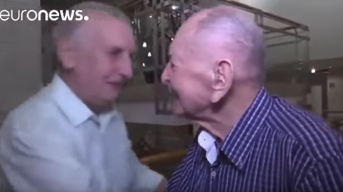 102 Year Old Holocaust Survivor Meets His Only Living Relative for the 1st Time