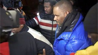 R. Kelly Can't Pay Bail