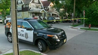 At least one killed in early-morning Milwaukee shooting