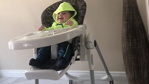 Adorable baby can't stop laughing at mommy's fingers