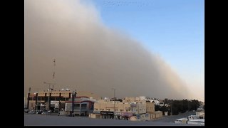 Giant Dust Cloud Sweeps Across Riyadh