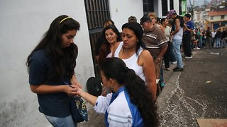 Countries Put Up Barriers For Venezuelan Migrants