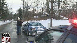 Jackson deputies handing out more than tickets to drivers - Video