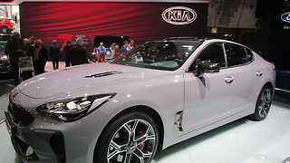 KIA Stinger GT at Autosalon Brussel 2018  - Video