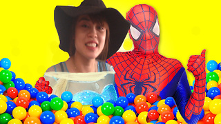 elsa frozen & spiderman - elsa Ball Pit Show - Fun Superhero in Real Life new - Video