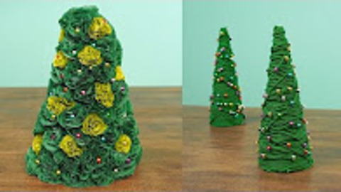 Learn how to easily make two cute miniature Christmas trees!