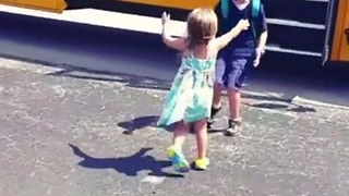 Little Girl Greets Big Brother With Hugs Every Day After School - Video