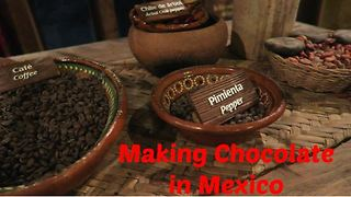 Making chocolate from scratch in Mexico - Video