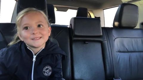 6-year-old girl is a natural vlogger!