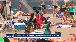 Many Americans don't use their vacation days - Video